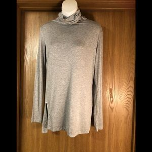 Grey mustard seed turtleneck size s